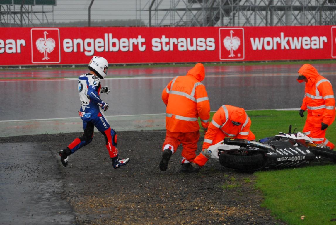 2012_SBK_Silverstone_Race_2_Rain_133_Medium